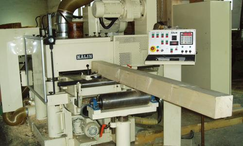 Hobelmaschine für Bauholz